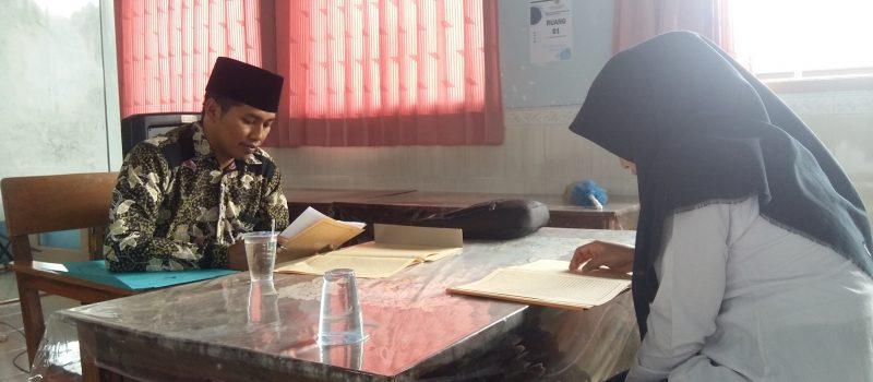 238 MABA STISMU Lumajang 2019/2020 ikuti tes baca kitab kuning